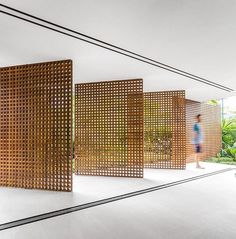 """6,082 Likes, 34 Comments - A Designer's Mind (@adesignersmind) on Instagram: """"These pivoting lattice panels are totally awesome!!! by @studiomk27 #homedesign #lifestyle #style…"""""""