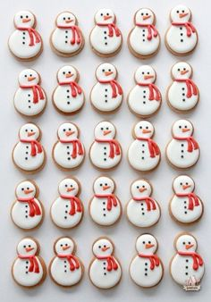 10 Charming Ways to Decorate Christmas Cookies