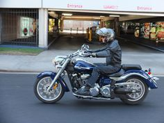 Seven Tips for Buying a Cruiser Motorcycle - http://cannybuyers.com/1516/seven-tips-buying-cruiser-motorcycle.html http://cannybuyers.com/wp-content/uploads/2014/09/Buying-a-Cruiser-Motorcycle.jpg