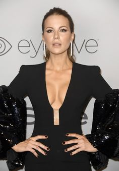 Kate Beckinsale Photos - Kate Beckinsale attends Warner Bros. Pictures And InStyle Host 19th Annual Post-Golden Globes Party at The Beverly Hilton Hotel on January 7, 2018 in Beverly Hills, California. - Warner Bros. Pictures And InStyle Host 19th Annual Post-Golden Globes Party - Arrivals