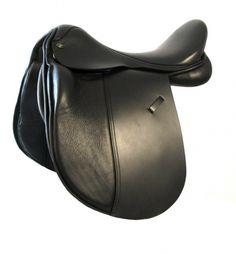 Mystic Dressage Saddle