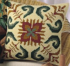 Modern Cross Stitch, Cross Stitch Kits, Cross Stitch Designs, Cross Stitch Patterns, Cross Stitching, Cross Stitch Embroidery, Hand Embroidery, Crochet Cushions, Tapestry Crochet