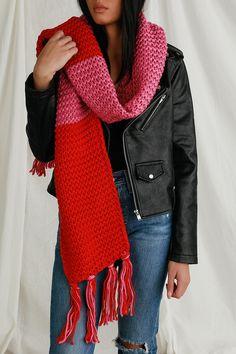 Get all snuggled up in the Lulus Love Life Pink and Red Knit Color Block Scarf! Soft and cozy chunky knit, in shades of pink and red, shape this cute and oversized scarf, finished with matching pink and red fringe at the ends. Chunky Knit Scarves, Oversized Scarf, Winter Kimono, Lulu Love, Pink Scarves, Easy Knitting, Knitting Patterns, Diy Clothing, Scarf Styles