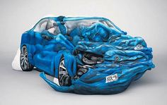 Cars and Motorbikes made of Body Painted People (5 Pictures + Clip) > Design und so, Fashion / Lifestyle, Film-/ Fotokunst, Paintings, Sculptures > automobiles, bodypaintings, motorbikes, people, vehicles