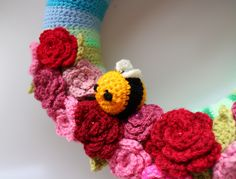 https://flic.kr/p/Jt5SvD | Little crochet bee | Detail from my Summer Wreath. Designed and made by me.  Bee pattern by Mohu Blog.  Rose pattern by Attic24.