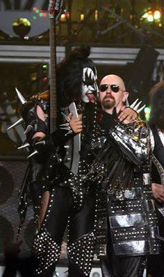 Gene Simmons & Rob Halford VH1 Rock Honors - Show por Kevin Winter en Getty Images