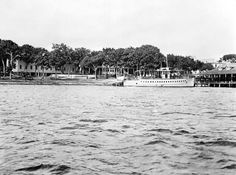 The Florida Memory photograph shows a yacht on Choctawhatchee Bay off Valparaiso in the 1920s. It was taken by T. Hope Cawthon.
