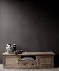 TV furniture from old teak Muebles Living, Belgian Style, Tv Furniture, Wabi Sabi, Home Furnishings, Sweet Home, Woodworking, Costa, Britain
