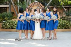 Classic Florida Wedding // Bridal Bouquet // Baby's Breath Bouquets // Bridal Party // Blue Dresses