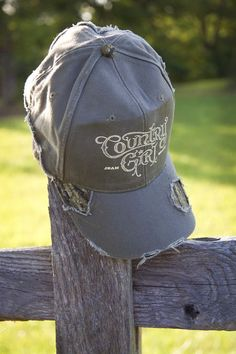 Women s Country Girl® Logo Frayed Mossy Oak® Cap b83945cd633e