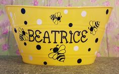 Personalized Bumble Bee Basket, Plastic Oval Easter Tub by ThatGlassStore on Etsy https://www.etsy.com/listing/265856171/personalized-bumble-bee-basket-plastic