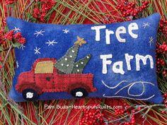 A Primitive Christmas Blog Hop. Day 9 Heartspun Quilts ~ Pam Buda: Welcome to our Primitive Christmas Handwork Blog Hop!!