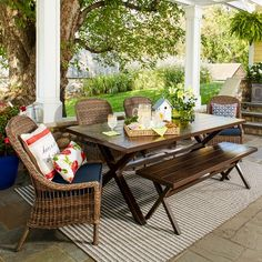 Take your meals outdoors with a Threshold Mayhew 6-Piece All-Weather Wicker Dining Set. This patio furniture is made of handwoven wicker in gorgeous neutral tones, steel and aluminum. The patio set includes a 6 patio chairs, a patio dining bench and a patio dining table with an umbrella hole.