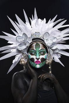 Fotografías correspondientes a la sesión sobre maquillaje de fantasía realizado por los alumnos del curso 2015-2065 en Colors-Up, escuela de maquillaje profesional. Curso de maquillaje profesional de 10 meses.