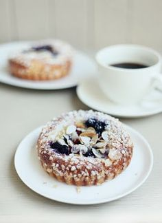 Breakfast Cakes {What Katie Ate} Zumbo Recipes, Breakfast Shot, What Katie Ate, Sweet Corner, Fancy Desserts, Bread And Pastries, Eat Dessert First, Love Food, Real Food Recipes