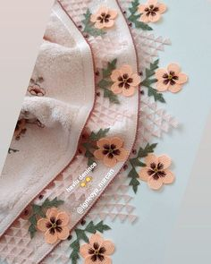 Filet Crochet, Baby Knitting Patterns, Elsa, Model, Instagram, Rage, Embroidery Ideas, Scale Model