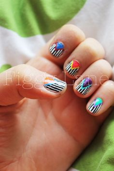 Jazzy pattern nails