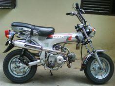 HONDA-DAX-70-ST-MODELO-93