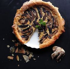 Mushroom Quiche paired with De Grendel Pinot Gris Mushroom Quiche, South African Wine, Pinot Gris, Wine Pairings, Wine Recipes, Wines, Stuffed Mushrooms, Management, Yummy Food