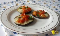 #Pizzette di #melanzane #ricetta al forno il #chiccodimais #senzaglutine #pizza #eggplant #recipe #glutenfree http://blog.giallozafferano.it/ilchiccodimais/pizzette-di-melanzane-ricetta-forno/