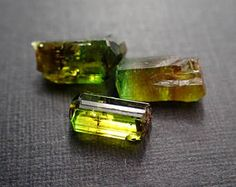 3 chroom Dravite kristallen uit commandant Mine, Tanzania - 5.5ct/8-10mm (B947)