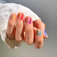 Try some of these designs and give your nails a quick makeover, gallery of unique nail art designs for any season. The best images and creative ideas for your nails. Striped Nail Designs, Striped Nails, Best Nail Art Designs, Bird Nail Art, Cool Nail Art, Cool Nail Ideas, Fruit Nail Art, Minimalist Nails, Rainbow Nails