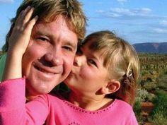 Steve Irwin's Daughter Bindi Looks All Grown Up And Is Keeping Her Dad's Legacy Alive Celebrity Babies, Celebrity Photos, Celebrity Style, Steve Irwin Day, Irwin Family, Crocodile Hunter, Bindi Irwin, Barbie, Z Cam