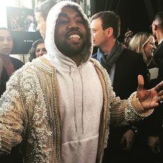 Kanye West (Foto: @SuzyMenkesVogue)