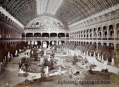 1855 Paris exposition   Le palais de l'Industrie lors d'une exposition ultérieure des beaux ...