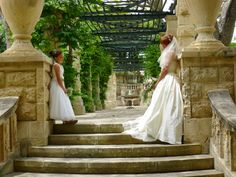so many beautiful areas in the gardens to chose from Bologna, Villa, Gardens, Weddings, Wedding Dresses, Beautiful, Fashion, Bride Gowns, Wedding Gowns