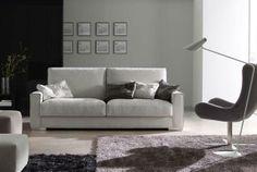 Sofá en blanco. ¡Combínalo con una butaca en negro! Love Seat, Couch, Furniture, Natural, Home Decor, Wraparound, House Decorations, White People, Black