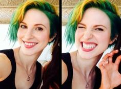 Hayley Williams yellow and green hair.