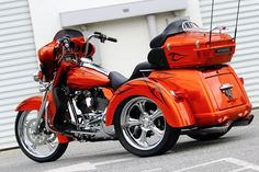 2011 HARLEY DAVIDSON CUSTOM TRI-GLIDE TRIKE | The Bike Exchange