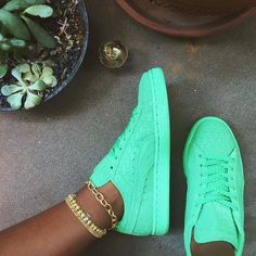 Mint PUMA Suede, a cute neon color for any casual or back to school look. Sneakerhead. Womens sneakers.