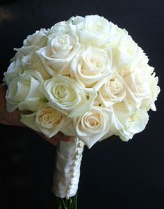 White-Roses-Hand-Bouquet