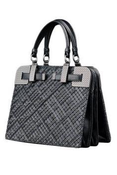 Bottega Veneta Nero Rete Intreccio Nappa Bag Bago, Me Bag, Beautiful Bags,  Bottega bc783420f2