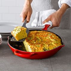 I need this oh so bad!  I can't really see paying so much for a pan - but really - I know I would use it everyday!  Le Creuset Signature Cast-Iron Deep Skillet #williamssonoma