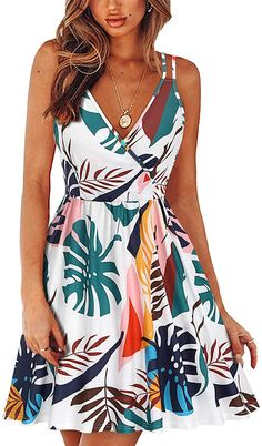 II ININ Women& V Neck Floral Summer Dresses Sleeveless Spaghetti Strap Casual Swing Dress with Pockets All Fashion, Fashion Outfits, Street Fashion, Womens Fashion, Spring Fashion, Fashion Trends, Swing Dress With Pockets, Looking For Women, Fitness