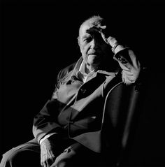 Oscar Niemeyer, arquiteto, por Juan Esteves