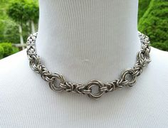 BDSM Collar Byzantine Chainmaille Collar by TheCagedFlower Chainmaille, Handcuff Jewelry, Slave Collar, Day Collar, The Kinks, Jewelry Accessories, Unique Jewelry, Jewelry Crafts, Jewelry Ideas