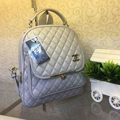 77501f40775f Ready lagi Best seller !!! Ransel chanel behel uk 28x30cm bahan bubble  tebal kokoh