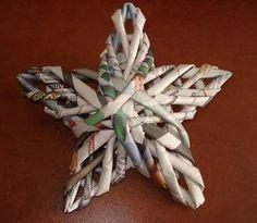 Estrellas, estrellas, estrellas ... tejidas de periódico reutilizado ... - Productos de papel, de Recortes y ATC (CARDS de comercio del artista)