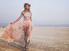 Burning Man Women's Fashion. View More. https://www.burnerlifestyle.com/ #burnerlifestyle #burningman Music Festival Outfits, Festival Wear, Rave Festival, Festival Looks, Festival Style, Festival Fashion, Africa Burn, Burning Man Outfits, Burning Man Fashion