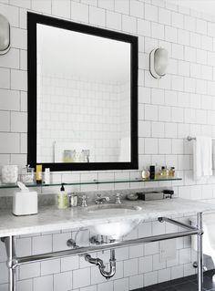 Bryta av det gammeldagsa med en tunn platt modern spegel