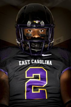 Justin hardy is forever a pirate! Sports Uniforms, Football Uniforms, Football Helmets, East Carolina Football, East Carolina University, Ecu Football, College Football, Blackout Game, Ecu Pirates