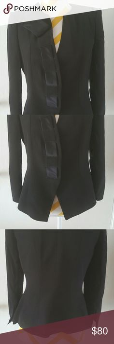 """Armani collezoni black blazer jacket petite small Elegant Armani collezioni black jacket blazer   Small Petite - tag size 8   Measurements: Lenght: 20"""", sleeve lenght: 20"""", Shoulder to shoulder: 14"""", Armpit to armpit: 17.5""""   Made in Italy   In good pre owned condition Armani Collezioni Jackets & Coats Blazers"""