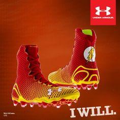 Estos son mis zapatos deportivos. Lo uso cuando juego al fútbol americano