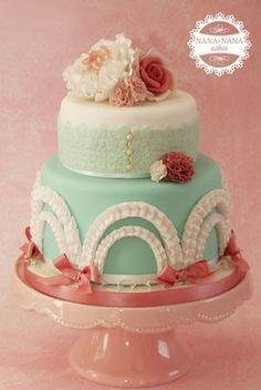 Vintage Flower Cake
