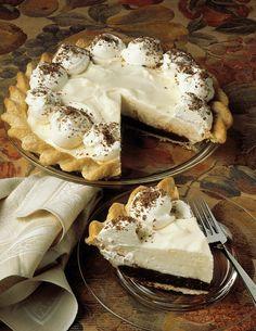 Vanille-Schoko-Pie mit Sahne | Zeit: 45 Min. | http://eatsmarter.de/rezepte/vanille-schoko-pie-mit-sahne