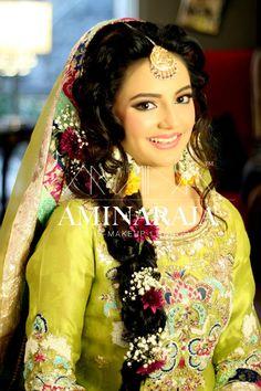 Mehndi bride by Amina raja